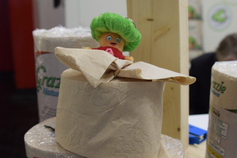 nebielený toaletný papier
