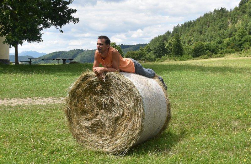 Spokojný majiteľ ekofarmy v Podskalí