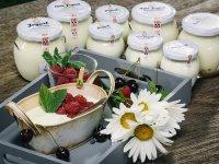 BIO jogurty,  foto: Ekofarma Važec