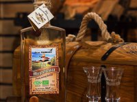 Biomirabelkovica - pravý ovocný destilát,  foto: Ing. Ján Chrenko dvor Morgov