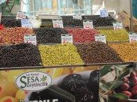 Čerstvé dobroty na trhu,  foto: Viera Marčeková