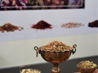 orechy a korenie z ďalekých krajov