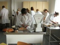 Študenti v akcii,  foto: Zuzka Gallayová