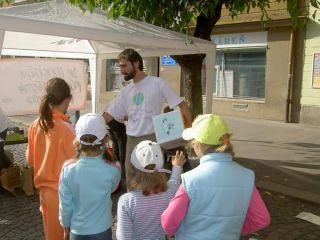 Deťom sa najviac páčilo hádzanie eko-kockou