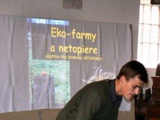 Martin Celúch a jeho prednáška na tému Ekofarmy a netopiere