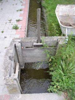 Systém zavlažovacích kanálov